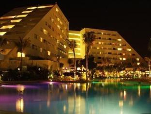 /oasis-palm-all-inclusive/hotel/cancun-mx.html?asq=jGXBHFvRg5Z51Emf%2fbXG4w%3d%3d