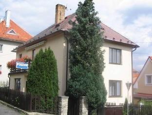 /es-es/penzion-zavodsky/hotel/cesky-krumlov-cz.html?asq=vrkGgIUsL%2bbahMd1T3QaFc8vtOD6pz9C2Mlrix6aGww%3d