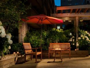 Holiday Inn Hotel and Suites Toronto Downtown Centre Toronto (ON) - Guest Patio