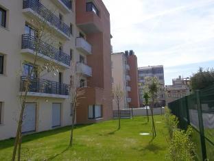 /hu-hu/lagrange-aparthotel-toulouse-saint-michel/hotel/toulouse-fr.html?asq=vrkGgIUsL%2bbahMd1T3QaFc8vtOD6pz9C2Mlrix6aGww%3d