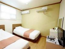 Goodstay Greentel Hotel: guest room