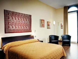 /nl-nl/arena-suite/hotel/verona-it.html?asq=vrkGgIUsL%2bbahMd1T3QaFc8vtOD6pz9C2Mlrix6aGww%3d
