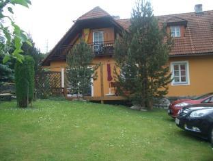 /es-es/bella-vita/hotel/cesky-krumlov-cz.html?asq=vrkGgIUsL%2bbahMd1T3QaFc8vtOD6pz9C2Mlrix6aGww%3d
