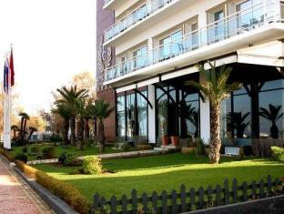 /hotel-cesar-spa/hotel/tangier-ma.html?asq=jGXBHFvRg5Z51Emf%2fbXG4w%3d%3d