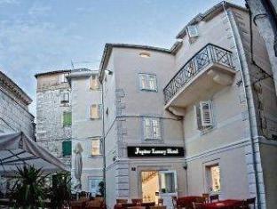 /jupiter-luxury-hotel/hotel/split-hr.html?asq=jGXBHFvRg5Z51Emf%2fbXG4w%3d%3d