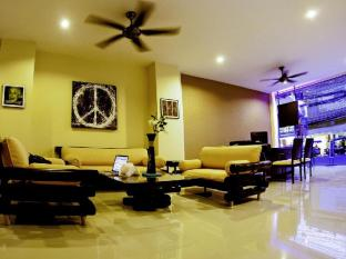Mellow Space Boutique Rooms Phuket - Lobby Area