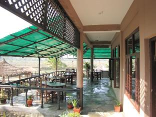 Hotel River Side Chitwan - Terrace Restaurant