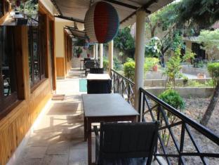 Hotel River Side Čitvanas - Balkonas / terasa