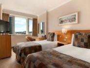 Twin Hilton Guestroom