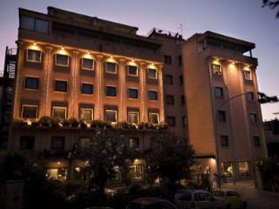 蒂貝里奧大飯店