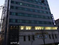 New Hilltop Hotel South Korea