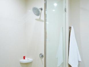 Red Planet Hotel Asoke Bangkok Bangkok - Bathroom