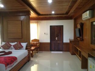 Khum Laanta Resort Koh Lanta - Deluxe Bungalow Twin Bed