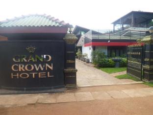 Grand Crown Hotel