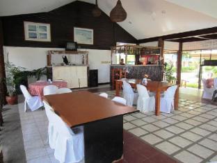 Estaca Bay Resort Cebu - Restaurant