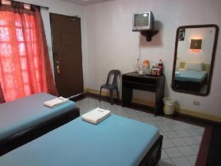 Estaca Bay Resort Cebu - Superior Room