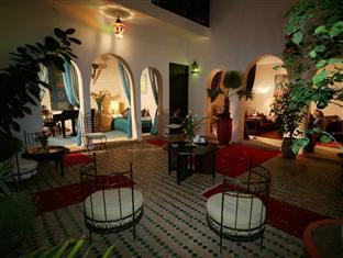 /riad-les-trois-mages/hotel/marrakech-ma.html?asq=jGXBHFvRg5Z51Emf%2fbXG4w%3d%3d