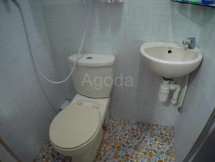Loi Loi Guest House Hongkong - Vannituba