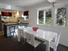Redgums Private Holiday Apartment
