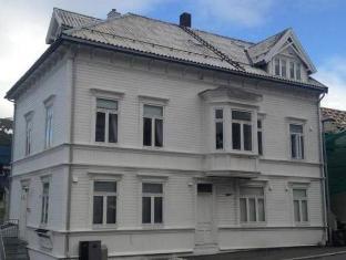 /et-ee/viking-hotel-tromso/hotel/tromso-no.html?asq=5VS4rPxIcpCoBEKGzfKvtE3U12NCtIguGg1udxEzJ7ngyADGXTGWPy1YuFom9YcJuF5cDhAsNEyrQ7kk8M41IJwRwxc6mmrXcYNM8lsQlbU%3d