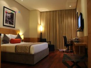 Radisson Blu Marina Hotel Connaught Place New Delhi and NCR - Business Class Room
