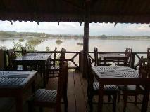 Pon's River Guesthouse: restaurant