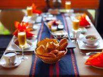 ViewPoint Lodge & Fine Cuisines: food and beverages