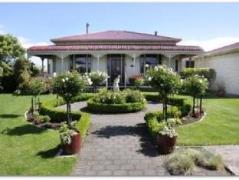 Villa Heights Bed & Breakfast | New Zealand Hotels Deals