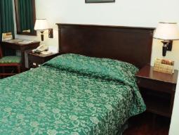 Luksuzna, zakonska postelja