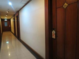Citystate Tower Hotel Manila - Hallways