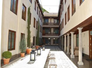 Granada Inn Apartments