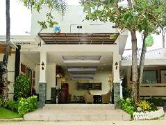 BlueFins Resort Philippines