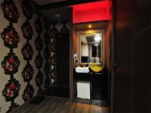 F1 Hotel: interior