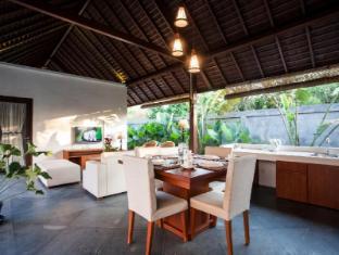The Astari Villa & Residence Bali - Kitchen