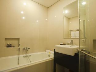 The Astari Villa & Residence Bali - Suite Room