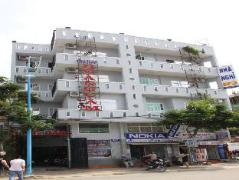 Hoang Cam Guest House | Cheap Hotels in Vietnam