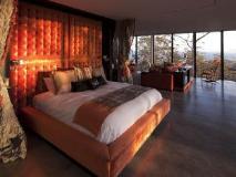 Rocky Hills Retreat: guest room