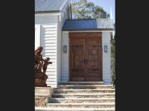 Rocky Hills Retreat: entrance