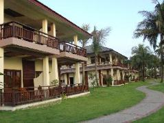 Sunny Paradise Resort | Cheap Hotels in Ngwesaung Beach Myanmar