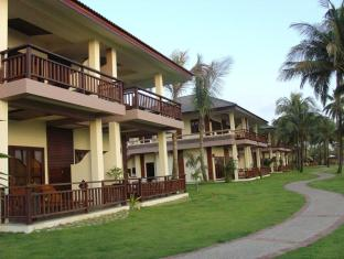 /da-dk/sunny-paradise-resort/hotel/ngwesaung-beach-mm.html?asq=vrkGgIUsL%2bbahMd1T3QaFc8vtOD6pz9C2Mlrix6aGww%3d