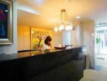 Click Hotel: reception