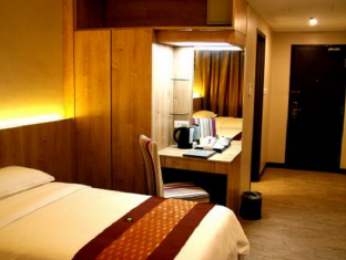 56 Hotel Kuching - Guest Room