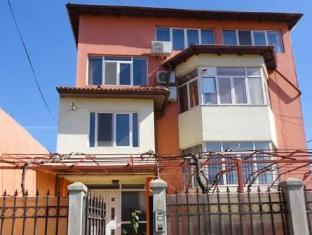 /villa-george/hotel/constanta-ro.html?asq=jGXBHFvRg5Z51Emf%2fbXG4w%3d%3d