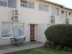 Vetho 1 Apartments OR Tambo Airport | Cheap Hotels in Johannesburg South Africa