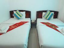 Lattana Phet Amone Chai Hotel: guest room