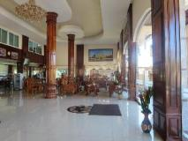 Lattana Phet Amone Chai Hotel: interior