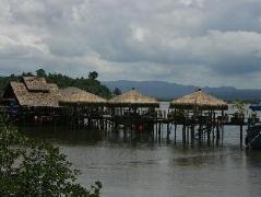 Thmorda Garden Riverside Resort | Cambodia Budget Hotels