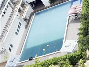 Hotel Stargazer Negombo - Swimming Pool