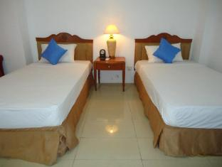 Hotel Stargazer Negombo - Standard Room