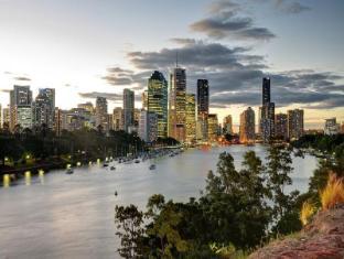 Aspley Motor Inn Brisbane - Brisbane View